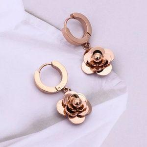 Stainless steel Camellia earrings.